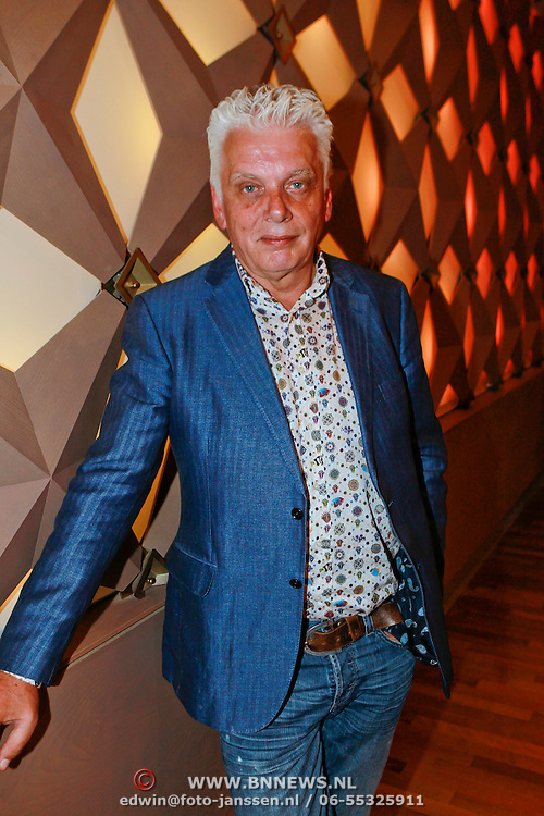 NLD/Hilversum/20110414 - Perspresentatie nieuw seizoen Sterren op het Doek, directeur Omroep Max, Jan Slagter