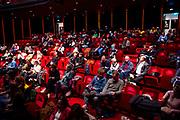 AMSTERDAM, 06-10-2020 , DeLaMar Theater <br /> <br /> Met mondkapje naar de premiere van De Grootste Helft in het het DeLaMar Theater die een ontheffing heeft en maximaal 250 theaterbezoekers per voorstelling mag ontvangen<br /> <br /> Op de foto:     de zaal met indeling zodat er 1,5 meter afstand is tussen de bezoekers
