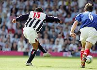 Photo: Paul Thomas. West Bromwich Albion v Portsmouth, The Hawthorns, Birmingham, Barclays Premiership, 15/05/2005. Kieran Richardson scores.