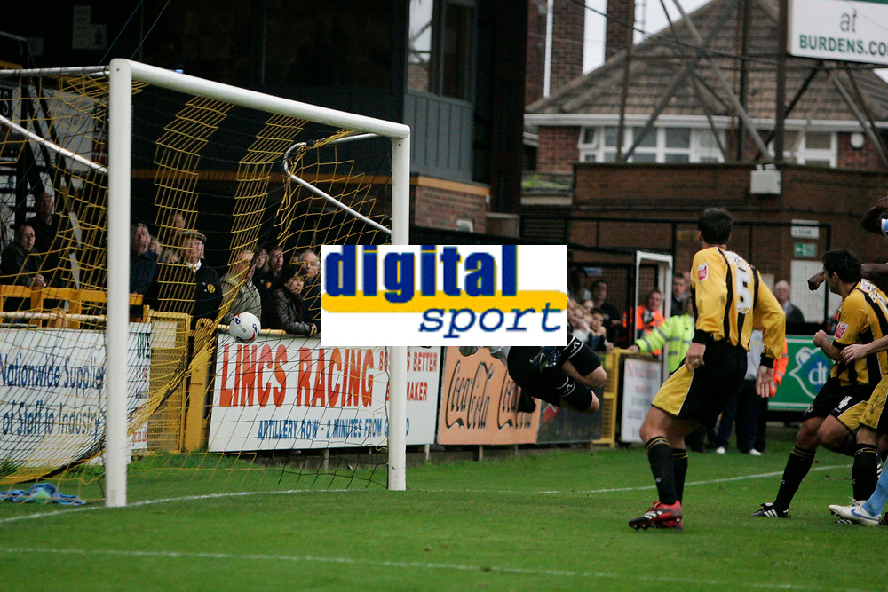 Photo: Pete Lorence.<br />Boston United v Wycombe Wanderers. Coca Cola League 2. 28/10/2006.<br />Wycombe's Matt Bloomfield's free kick sails into the goal.
