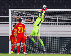 HELSINKI, FINLAND - Thursday, September 3, 2020: Wales' goalkeeper Wayne Hennessey makes a save during the UEFA Nations League Group Stage League B Group 4 match between Finland and Wales at the Helsingin Olympiastadion. (Pic by Jussi Eskola/Propaganda)