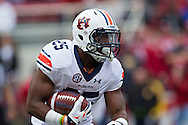 FAYETTEVILLE, AR - OCTOBER 24:  Peyton Barber #25 of the Auburn Tigers runs the ball during a game against the Arkansas Razorbacks at Razorback Stadium Stadium on October 24, 2015 in Fayetteville, Arkansas.  The Razorbacks defeated the Tigers in 4 OT's 54-46.  (Photo by Wesley Hitt/Getty Images) *** Local Caption *** Peyton Barber