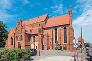 Starogard Gdański, (województwo pomorskie) 13.07.2016. Kościół parafialny Św. Mateusza w Starogardzie Gdańskim.