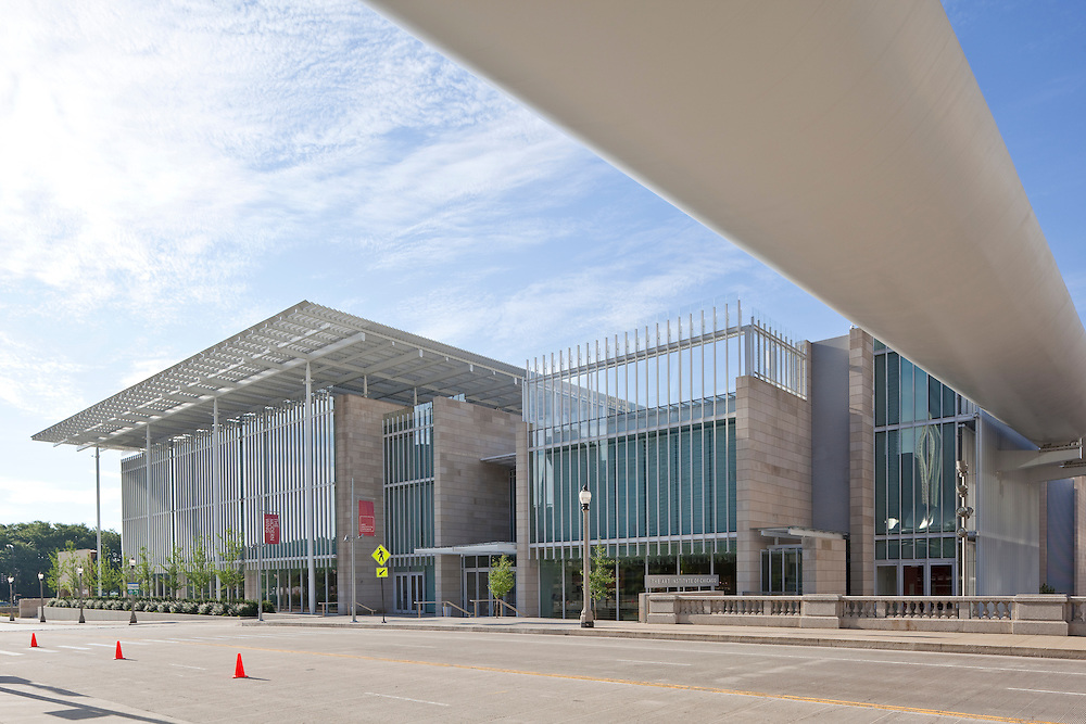 The Modern Wing at the Art Institute of Chicago by Renzo Piano, Architect