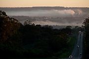 Patos de Minas_MG, Brasil..Rodovia BR352 em Patos de Minas, Minas Gerais. Na foto panorama da poluicao na cidade..Highway BR352 in Patos de Minas, Minas Gerais. In photo panorama of pollution in the city..Foto: LEO DRUMOND / NITRO
