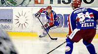 Ishockey<br /> Getligaen 2009<br /> Jordal Amfi<br /> 15.11.2009<br /> Vålerenga - Sparta<br /> Blake Evans , Regan Kelly i forgrunnen<br /> Foto: Eirik Førde