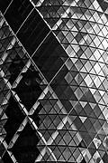 """Londyn, 2009-10-23. """"Ogórek"""" - wieżowiec przy 30 St Mary Axe"""