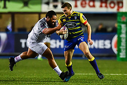 Garyn Smith of Cardiff Blues is tackled by Charlie Faumuina of Toulouse - Mandatory by-line: Craig Thomas/JMP - 14/01/2018 - RUGBY - BT Sport Cardiff Arms Park - Cardiff, Wales - Cardiff Blues v Toulouse - European Rugby Challenge Cup