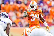 TAMPA, FL - JANUARY 01, 2016 linebacker Darrin Kirkland Jr. #34 of the Tennessee Volunteers during the Outback Bowl between the Tennessee Volunteers and the Northwestern Wildcats at Raymond James Stadium in Tampa, FL. Photo By Craig Bisacre/Tennessee Athletics