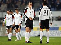 Fotball<br /> Landskamp<br /> Tyskland v Kina<br /> Foto: Witters/Digitalsport<br /> NORWAY ONLY<br /> <br /> v.l. Robert Huth, Christoph Metzelder Deutschland<br /> Laenderspiel Deutschland - China