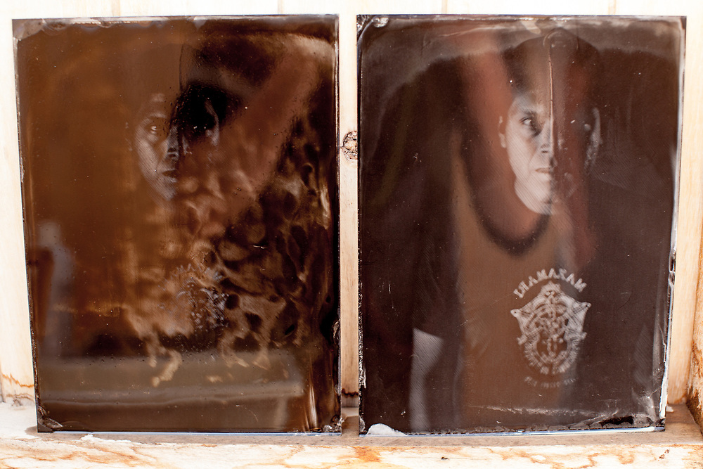 in the heat of the day in the high Andes of Ayacucho, the collodion plates were developing with strong fogging (on the left) but with the addition of a little Inca Cola to the developer, the fogging disappeared
