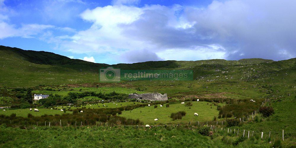 July 21, 2019 - Staigue Fort, Castlecove, Ring Of Kerry, Ireland, Europe (Credit Image: © Peter Zoeller/Design Pics via ZUMA Wire)