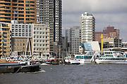 The Maas river, Rotterdam, Netherlands.Rivier de Maas in Rotterdam, Zuid Holland