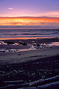 Image of a the Pacific Ocean at sunset in Yachats, Oregon, Pacific Northwest by Andrea Wells