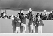 Henley on Thames, England, 1989 Henley Royal Regatta, River Thames, Henley Reach,  [© Peter Spurrier/Intersport Images], The Stewards Challenge Cup, University of London Boat Club,<br /> Oxford University Boat Club, [L] AN Other, Jonny SEARLE, AN Other, Hugh PELHAM,