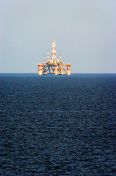 MALTA WIED IZ ZURRIEQ 23JUL06 - Offshore oil drilling platform near Zurrieq, Malta. Mediterranean Oil & Gas Plc operates an active seismic exploration and drilling programme in blocks 4, 5, 6 and 7 in the  Mediterranean sea between Malta and Libya...jre/Photo by Jiri Rezac..© Jiri Rezac 2006..Contact: +44 (0) 7050 110 417.Mobile:  +44 (0) 7801 337 683.Office:  +44 (0) 20 8968 9635..Email:   jiri@jirirezac.com.Web:    www.jirirezac.com