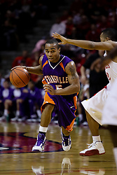 09 January 2010: Troy Taylor turns up the court against Lloyd Phillips. The Purple Aces of Evansville play the Redbirds of Illinois State on Doug Collins Court inside Redbird Arena at Normal Illinois.
