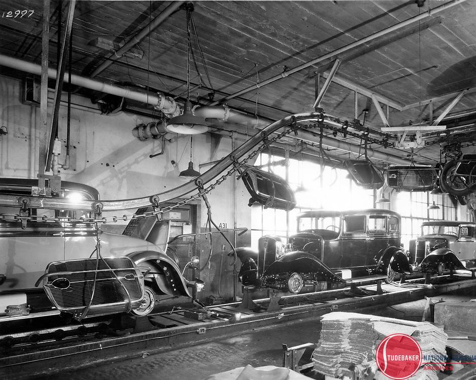 Studebaker's final assembly line, 1931.