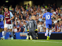 "Aston Villa's Brad Guzan looks on in frustration after conceding a goal  - Photo mandatory by-line: Joe Meredith/JMP - Tel: Mobile: 07966 386802 21/08/2013 - SPORT - FOOTBALL - Stamford Bridge - London - Chelsea V Aston Villa - Barclays Premier League - EDITORIAL USE ONLY. No use with unauthorised audio, video, data, fixture lists, club/league logos or ""live"" services. Online in-match use limited to 45 images, no video emulation. No use in betting, games or single club/league/player publications"