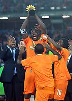 Fotball<br /> Afrika Cup / Afrikamesterskapet<br /> 08.02.2015<br /> Ghana v Elfenbenskysten<br /> Finale<br /> Foto: Panoramic/Digitalsport<br /> NORWAY ONLY<br /> <br /> Yaya Gnegneri Toure (CIV) et Gervinho <br /> Joie des Joueurs de la Cote d Ivoire - Vainqueur de la CAN 2015<br /> Ceremonie protocolaire <br /> <br /> Ghana vs Ivory Coast - Final - CAF 2015