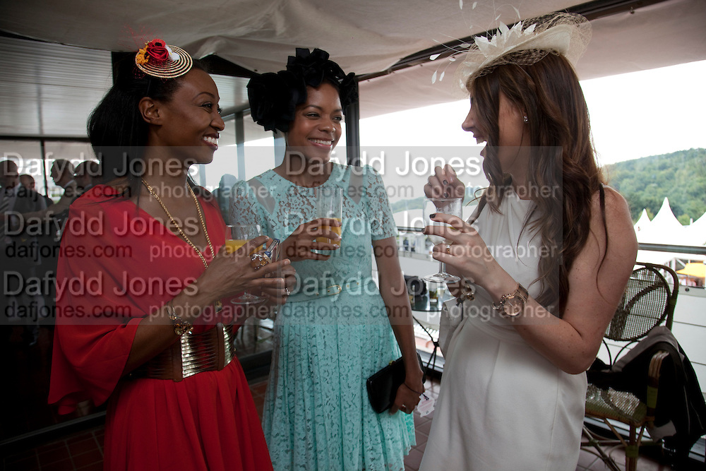 BEVERLEY KNIGHT; NAOMI HARRIS; ,  , Glorious Goodwood. Ladies Day. 28 July 2011. <br /> <br />  , -DO NOT ARCHIVE-© Copyright Photograph by Dafydd Jones. 248 Clapham Rd. London SW9 0PZ. Tel 0207 820 0771. www.dafjones.com.