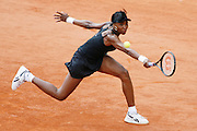Roland Garros. Paris, France. June 1st 2007..3rd Round..Venus WILLIAMS against Jelena JANKOVIC
