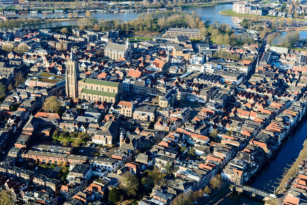 Nederland, Zuid-Holland, Gorinchem, 07-02-2018; vestingstad gelegen aan Linge en Boven-Merwede.<br /> fortified city located at river Upper Merwede (continuation river Rhine).<br /> luchtfoto (toeslag op standard tarieven);<br /> aerial photo (additional fee required);<br /> copyright foto/photo Siebe Swart