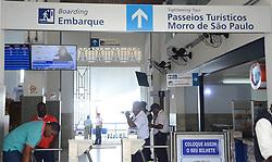 May 20, 2017 - Passeio de escunas pelas ilhas da Baía de Todos os Santos volta a ser suspenso por conta da chuvade hoje, 20. Serviço ficou quatro dias parado durante a semana e havia sido retomado na sexta-feira  (Credit Image: © Aristeu Chagas/Fotoarena via ZUMA Press)