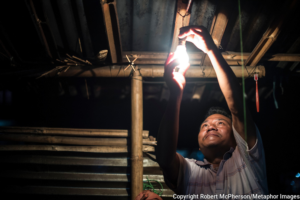 Dipesh`s father turns on the lamp at night. It is 7pm, but the summer nights in Khimti are pitch black. Nepal is the second richest country in water resource but they still meet challenges with building hydropower. Everyday electric current goes off for hours and people are compelled to live in the darkness. Norway is one of the countries who have earned a lot of money on building hydropower in Nepal, but the country itself still remains poor and undeveloped. After the earthquakes that struck Nepal in 2015 the situation is even worse.