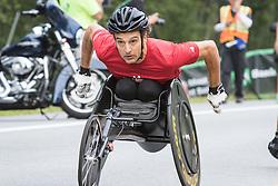 Tony Nogueira starts wheelchair race