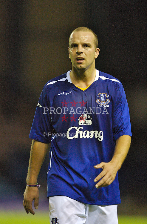 Widnes, England - Tuesday, September 4, 2007: Everton's Andy van der Meyde in action against Sunderland during the Premier League Reserve match at the Halton Stadium. (Photo by David Rawcliffe/Propaganda)