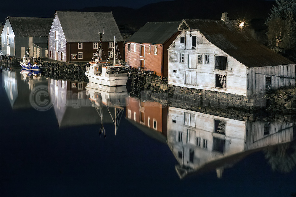 Boathouses in Fosnavåg, Norway | Naust i Fosnavåg, Norge.