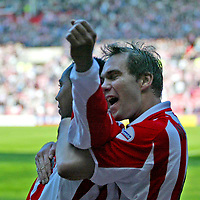 Photo. Andrew Unwin.<br /> <br /> Sunderland v Crewe Alexandra, Nationwide League Division One, Stadium of Light, Sunderland 01/05/2004.<br /> <br /> Sunderland's Jeff Whitley (l) celebrates his goal with his team-mate, Jason McAteer (r).