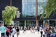 Nederland, Leeuwarden, 17-8-2018Fries museum aan het Wilhelminaplein in het centrum van de stad .Foto: Flip Franssen