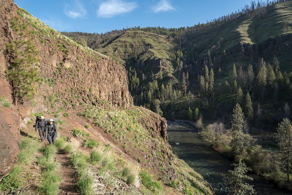 Backpackers, Wenaha River Canyon, Oregon.