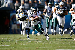 Philadelphia Eagles wide receiver DeSean Jackson #10 carries the ball during the NFL game between the Philadelphia Eagles and the San Diego Chargers on November 15th 2009. At Qualcomm Stadium in San Diego, California. (Photo By Brian Garfinkel)