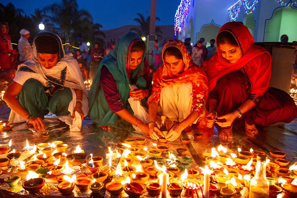 Fremont, California | 2014<br /> Sikhs celebrate Diwali, the festival of lights, at the Fremont Gurdwara.