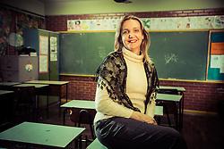 Marina Reidel, 43 anos, professora de uma escola estadual de Porto Alegre, que acaba de defender dissertação de mestrado sobre os impactos educacionais da atuação de professores transexuais e travestis em sala de aula. FOTO: Jefferson Bernardes/Preview.com