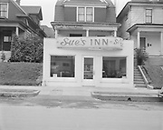 """Ackroyd 01336-1. """"Sue's Inn. 2013 NW 23rd Ave. Interiors & exteriors. March 15, 1949"""""""