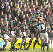 Twickenham, Surrey, England, UK., 25th January 2003, Zurich Premiership Rugby, Stoop Memorial Ground, England, Harlequins vs Leicester Tigers,<br /> [Mandatory Credit: Peter Spurrier/Intersport Images],<br /> Powergen Cup Quater final Harlequins v Leicester<br /> Martin Corry collecst the ball