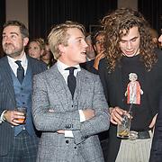 NLD/Amsterdam/20171114 - Esquire's Best Dressed Man 2017, Klaas Dijkhoff, Lucas Hamming en pianospelende tweeling Lucas en Arthur Jussen