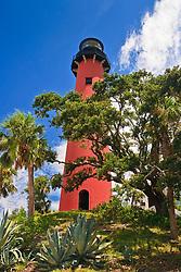 Jupiter Inlet Lighthouse, restored 1860 historic lightouse, Florida, Atlantic Ocean