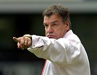 Fotball<br /> England 2005/2006<br /> Foto: Colorsport/Digitalsport<br /> NORWAY ONLY<br /> <br /> Sam Allardyce (Bolton Manager)<br /> <br /> West Ham United v Bolton Wanderers<br /> <br /> 27/8/2005