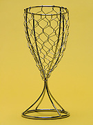 wire mesh in the form of a champagne glass