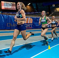 Nadine Broersen, Sarah van Beilen in action on 1000 meters during the Dutch Athletics Championships on 14 February 2021 in Apeldoorn