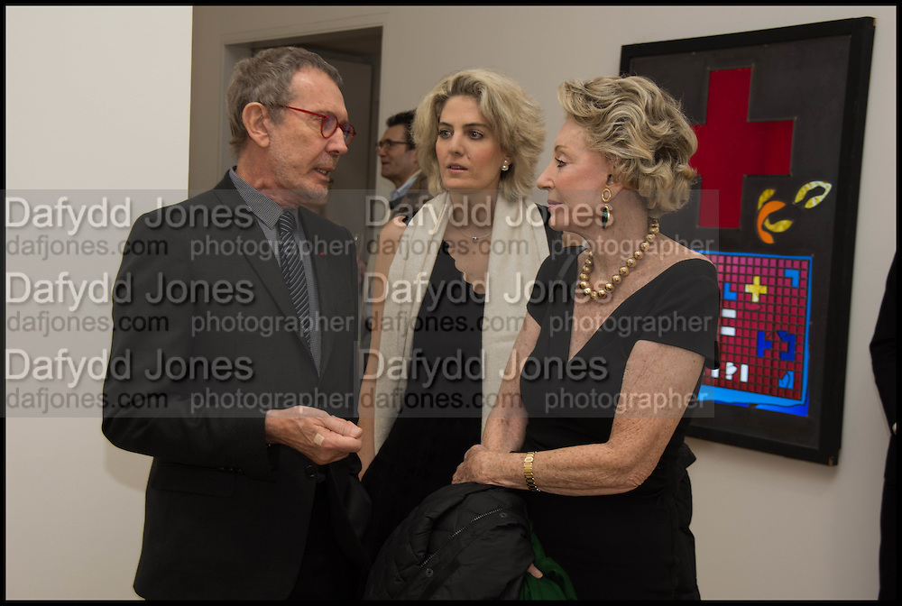 ARNE GLIMCHER, ONDINE DE ROTHSCHILD, ARIANNE DANDOIS;, Private view for A Strong Sweet Smell of Incense<br /> A Portrait of Robert Fraser, Curated by Brian Clarke. Pace Gallery. 6 Burlington Gardens. London. 5 February 2015.