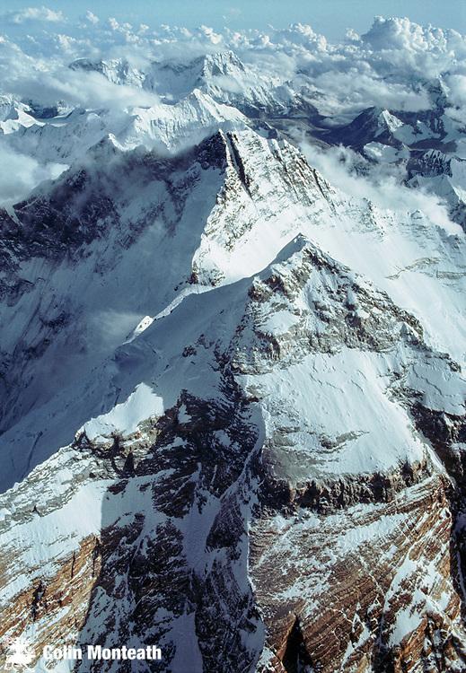 Summit Chomolungma, Mt Everest & upper North Face / North Ridge, with Lhotse behind,  Tibet & Nepal, Himalaya. Photo; Dick & Pip Smith