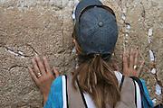 Israel, Jerusalem Wailing Wall, Woman praying