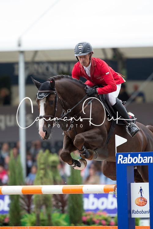 Schwizer Pius, (SUI), Giovanni van het Scheefkasteel<br /> Longings Grand Prix Port of Rotterdam<br /> CHIO Rotterdam 2015<br /> © Hippo Foto - Dirk Caremans<br /> 21/06/15