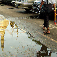 The streets outside Sule Paya (Sule Pagoda) at Yangon